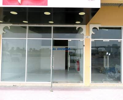 محل تجاري  للايجار في بر دبي، دبي - 475 SQ-FT ROADSIDE SHOP FOR RENT  NR JADDAF METRO