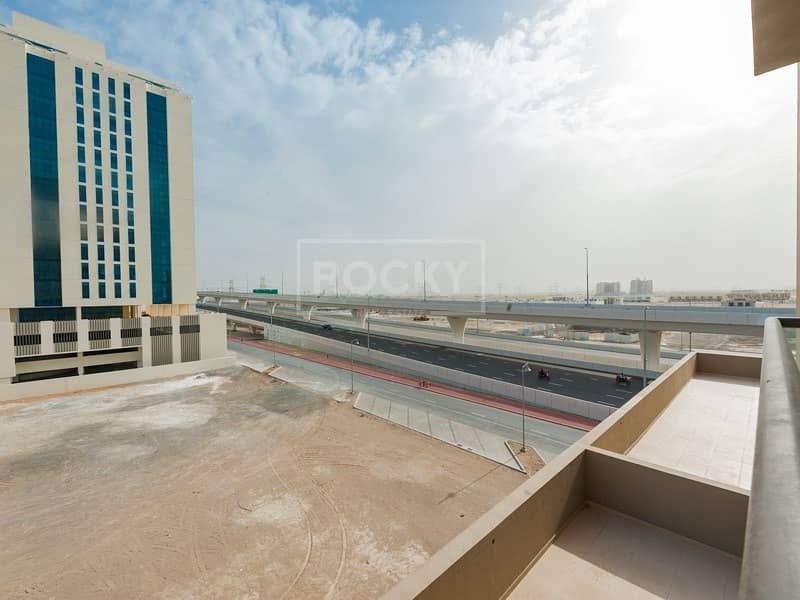 21 1 Bed | Equipped Kitchen | Chiller Free | Al Furjan