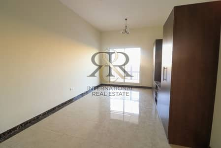 Spacious Studio|Best Priced |Well Maintained Unit.