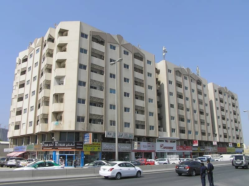 1 B/R HALL FLAT AVAILABLE IN INDUSTRIAL AREA NO.1