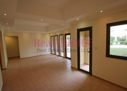 Ground Floor 2bedroom villa with 12 cheques payment