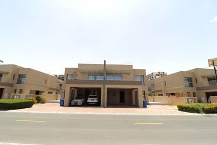 فیلا 4 غرف نوم للايجار في واحة دبي للسيليكون، دبي - فیلا في فلل السدر واحة دبي للسيليكون 4 غرف 138000 درهم - 4530146