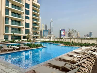 2 Bedroom Flat for Rent in The Hills, Dubai - HOT | FOR RENT | Luxurious 2BR w/ Glittery Skyline View