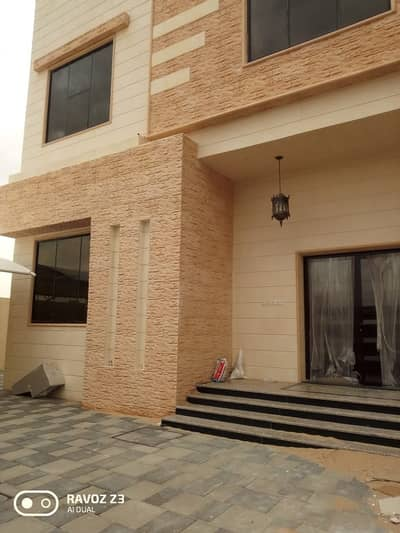 5 Bedroom Villa for Rent in Hoshi, Sharjah - Brand New Villa For Rent in Hoshi Sharjah 5 bedroom 4 Bathroom
