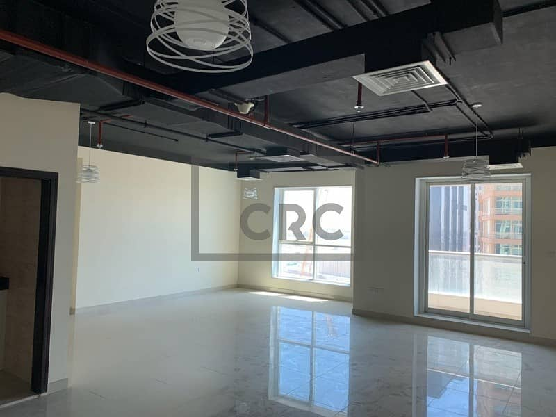 2 Stunning Office | Fitted with Balcony | Mid Floor