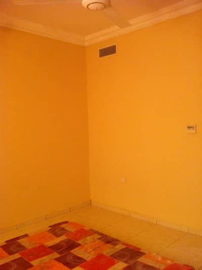 Studio for Rent in Al Rashidiya, Ajman - STUDIO WITH CLOSE KITCHEN FOR RENT IN AL RASHIDIYA IN JUST 14000/- YEAR