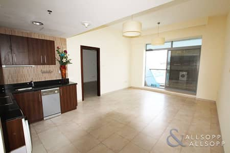 1 Bedroom Flat for Sale in Dubai Sports City, Dubai - Vacant On Transfer | Spacious 1 Bedroom