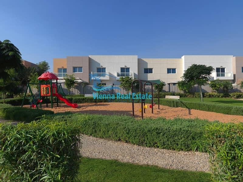 10 2 Bedroom Arabian Villa with Huge Garden