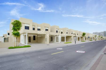 3 Bedroom Townhouse for Rent in Town Square, Dubai - Bright and Spacious Unit Keys in hand Call to view
