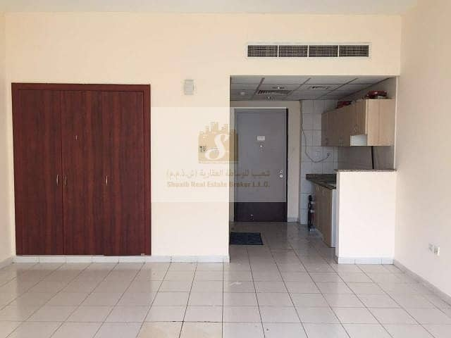 10 ENGLAND CLUSTER    BLD X13   EXTRA LARGE STUDIO FOR RENT