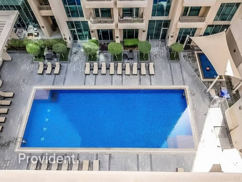 2 Large Unit in Low Floor | Pool and Fountain View