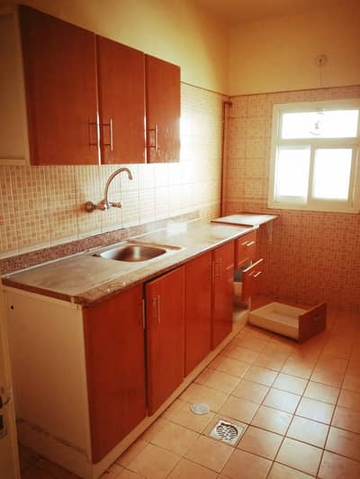 استوديو  للايجار في القاسمية، الشارقة - شقة في القاسمية 17000 درهم - 4592785