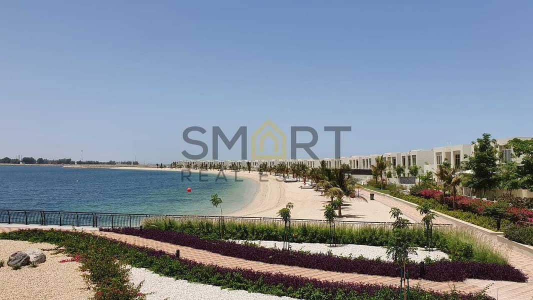 Stunning Apartment   Sea Corner View   Access to Pool & Gym