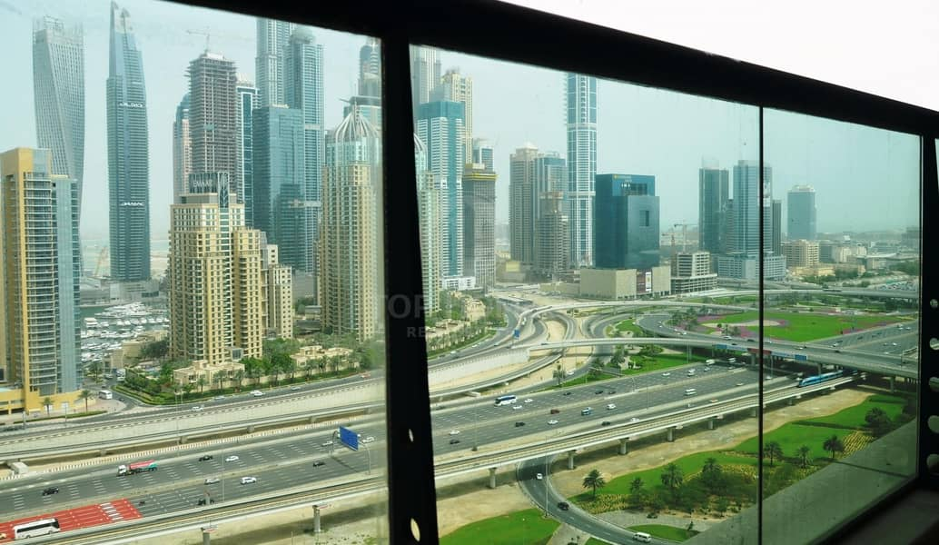 2 Spacious apt with great view | Near metro