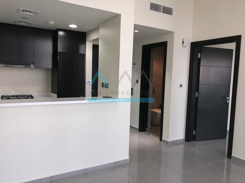 2 2 Bedroom | Brand New | Merano Tower | High Floor | Lake View | Well Priced