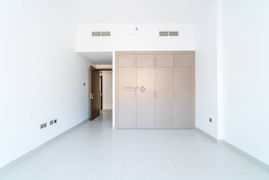 1 NEW Building |1 Month FREE | ZERO Commission | Al Muraqqabat