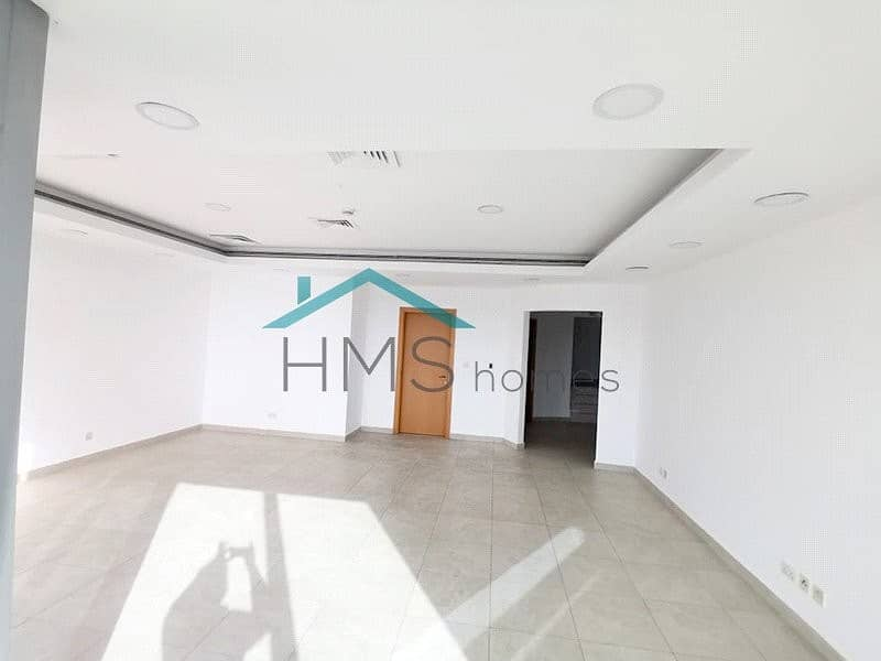 Duplex 4 BR+Maid High Floor Close to Metro Station