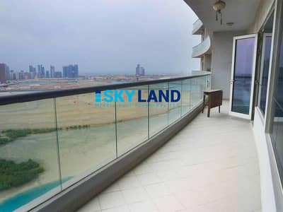2 Bedroom Flat for Rent in Al Reem Island, Abu Dhabi - Full lake views ! 2BR+Store w/ Semi-Closed Kitchen and Balcony