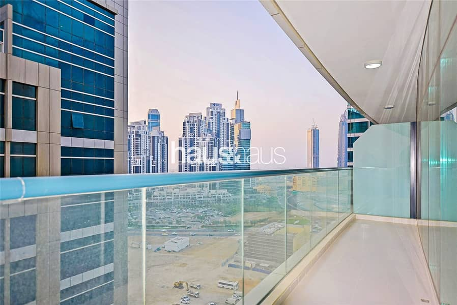 10 Furnished l 1 Bed l High floor l Great Location