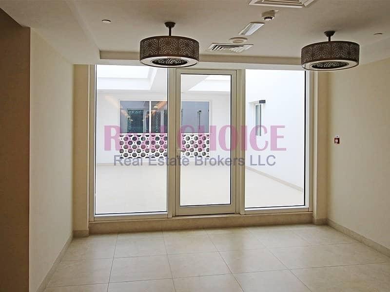 2 Reduced Price|Luxury 2BR Apartment|Prime Location
