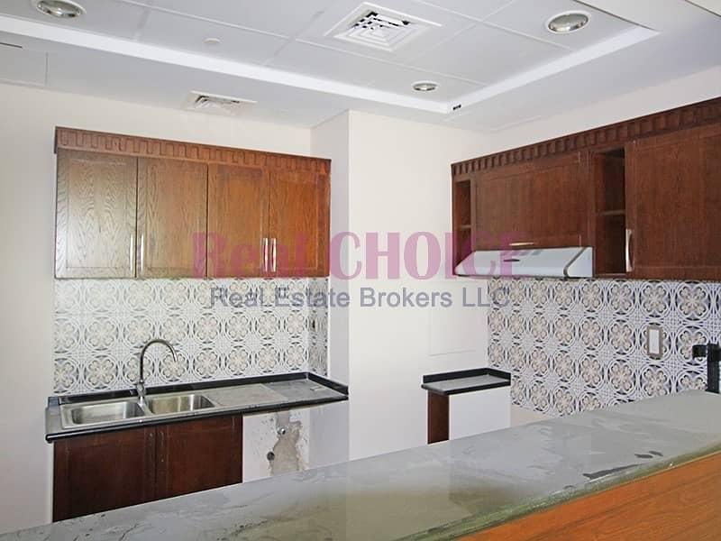 15 Reduced Price|Luxury 2BR Apartment|Prime Location