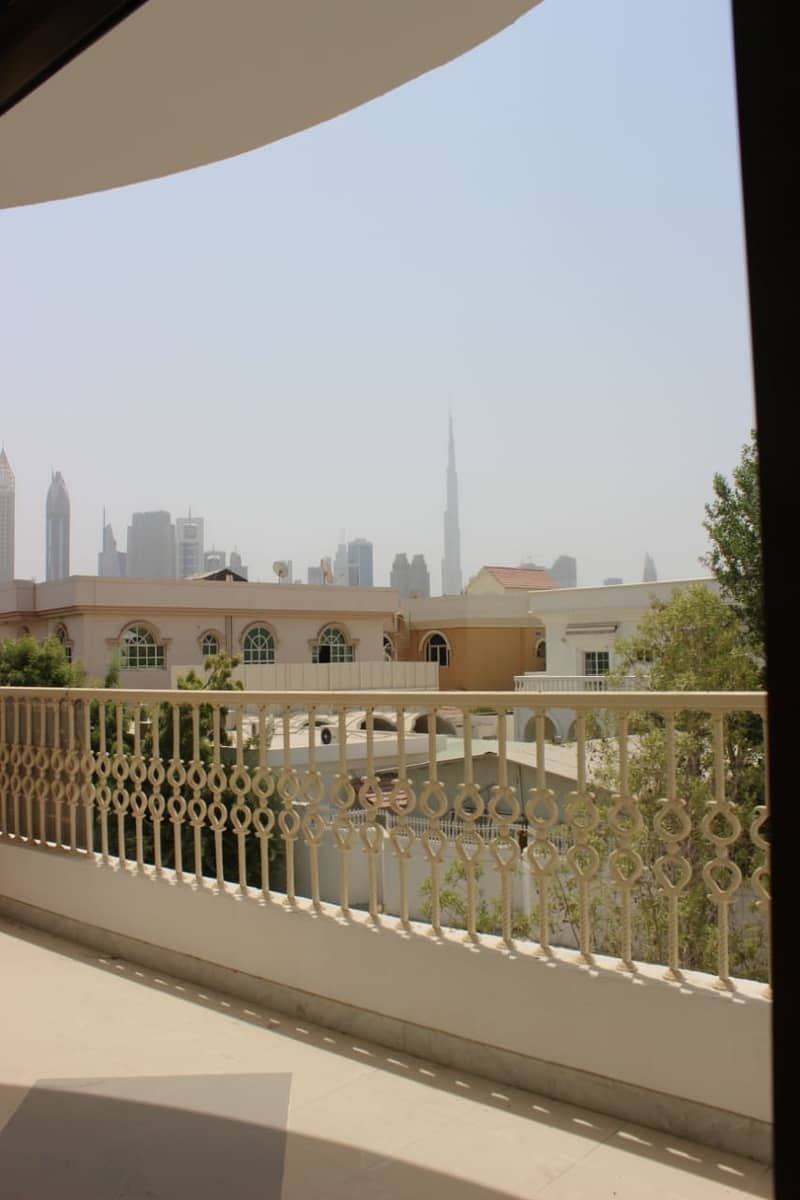 Nice View 5 Bedroom Villa in Al Badaa Jumeirah