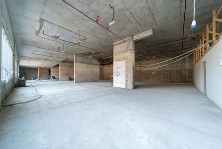 محل تجاري  للايجار في ديرة، دبي - New Building | No Commission | Retail Shop | Port Saeed