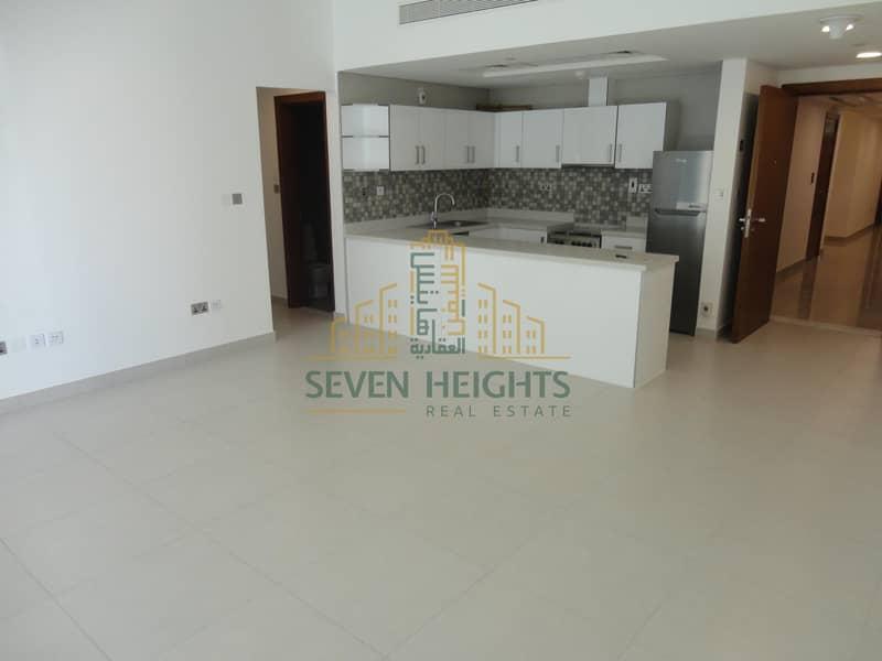 2 Zero Comission/13 Month/Brand New Building
