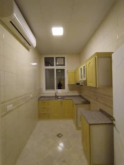 شقة 2 غرفة نوم للايجار في جنوب الشامخة، أبوظبي - شقة في جنوب الشامخة 2 غرف 45000 درهم - 4595824