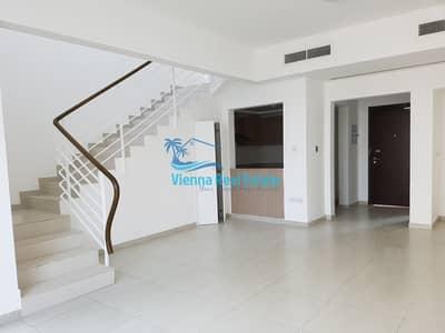 2 Bedroom Townhouse for Sale in Al Ghadeer, Abu Dhabi - Buy & Move-In Vacant Single Row 2BR Villa