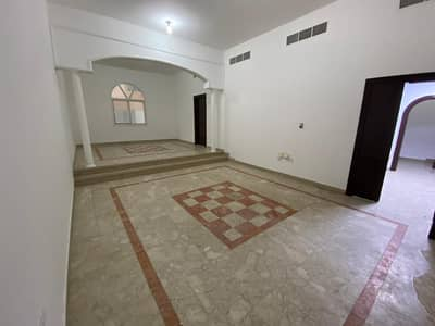 5 Bedroom Villa for Rent in Hadbat Al Zaafran, Abu Dhabi - stunning affordable villa, muror area