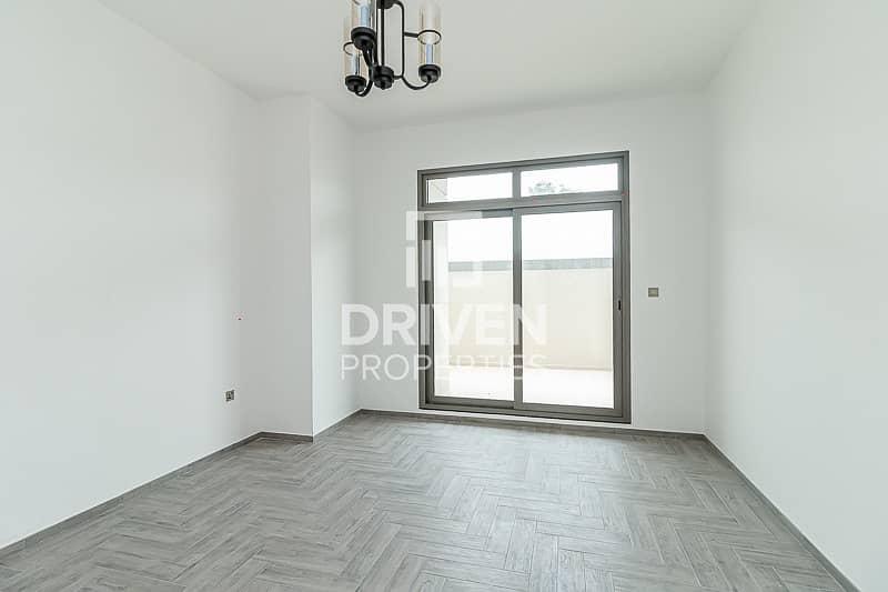 Huge Layout 1 Bedroom Apt with Pool View