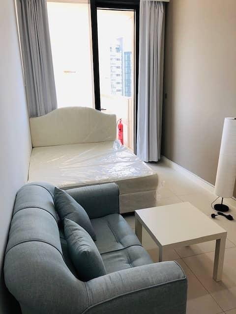 2 Cozy Fully-Furnished Rm w/ Balcony