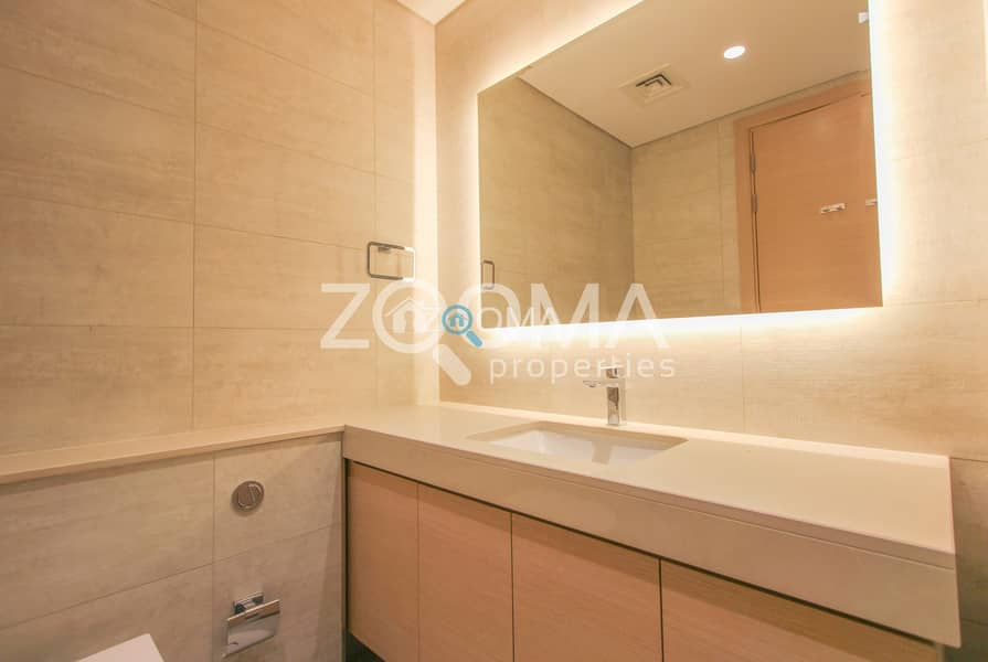 22 1 Month Free | No Commission | 3 BR + Maids