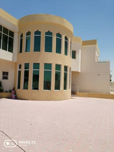 4 Bedroom Villa for Rent in Al Mizhar, Dubai - Delightful Villa For Rent in Al Mizhar Dubai 4 BHK And 4 Bathroom
