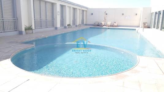 فلیٹ 1 غرفة نوم للايجار في دانة أبوظبي، أبوظبي - Premium Location : specious 1 bedroom with swimming pool & gym