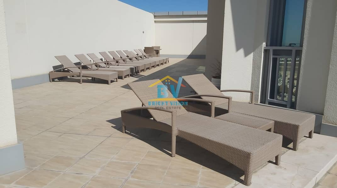 12 Premium Location : specious 1 bedroom with swimming pool & gym