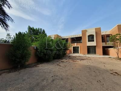5 Bedroom Villa for Rent in Abu Dhabi Gate City (Officers City), Abu Dhabi - Do you really want a huge garden? This is the one!