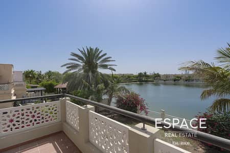 5 Bedroom Villa for Rent in The Lakes, Dubai - Unique Villa - 5 Beds- Tranquil Lake View