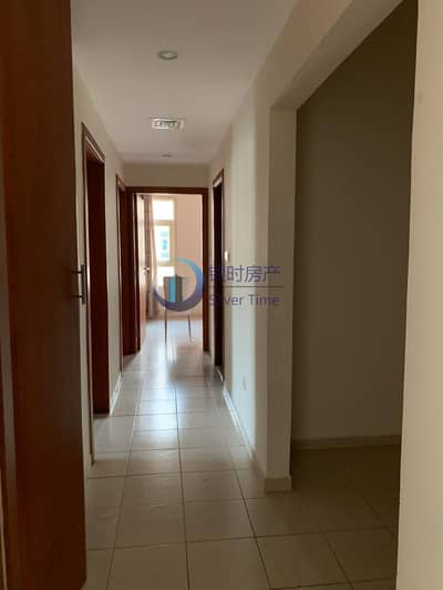 2 Bedroom Apartment for Rent in The Greens, Dubai - Pool view / 2 bed + study
