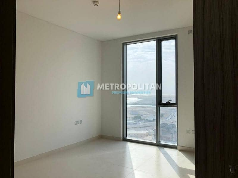 2 Spacious 2Bedroom apartment with Balcony