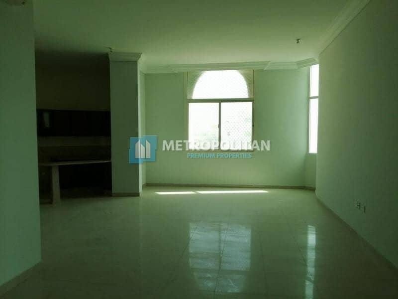 2 Ready / Huge 6BR Villa w/ 2 Majlis / 230K