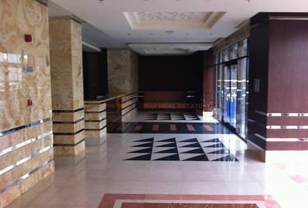 شقة 2 غرفة نوم للبيع في كورنيش عجمان، عجمان - شقق للبيع في عجمان بالتقسيط بمناطق متنوعة
