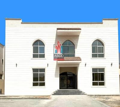فیلا 6 غرف نوم للبيع في مدينة خليفة أ، أبوظبي - New & Super deluxe 6BR Villa |Driver room