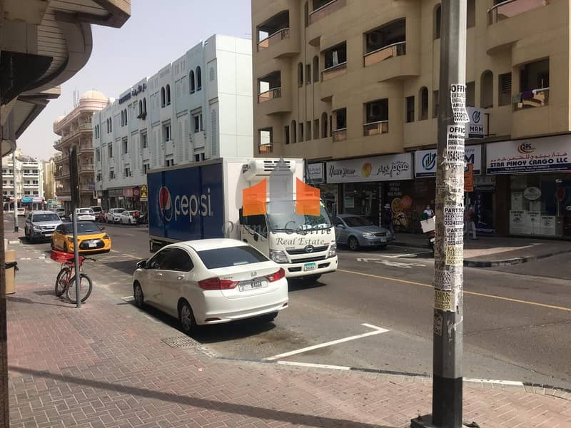 10 MAIN ROAD FACING SHOP AVAILABLE AND WALKING DISTANCE TO ADCB METRO STATION.