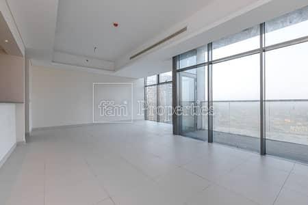 2 Bedroom Flat for Rent in Downtown Dubai, Dubai - 2 BR Plus Maid's 2 Minute walk-in to Dubai Mall