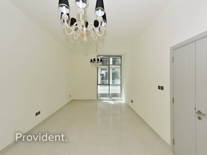 2 Luxury Finished | Vacant | Pay in 4 Cheques