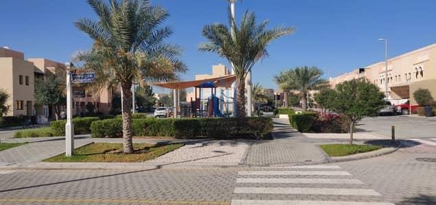 فیلا في المنطقة السابعة قرية هيدرا 3 غرف 1000000 درهم - 4598483