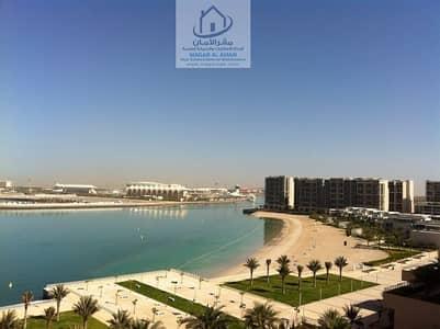 شقة 2 غرفة نوم للبيع في شاطئ الراحة، أبوظبي - A Great Deal To Own Your Apartment 2 BR and Living Room and Balcony Excellent View Overlooking To Beach
