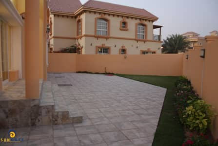 independent villa with pool in dubailand